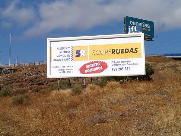 Valla de publicidad exterior sobreruedastenerife.com