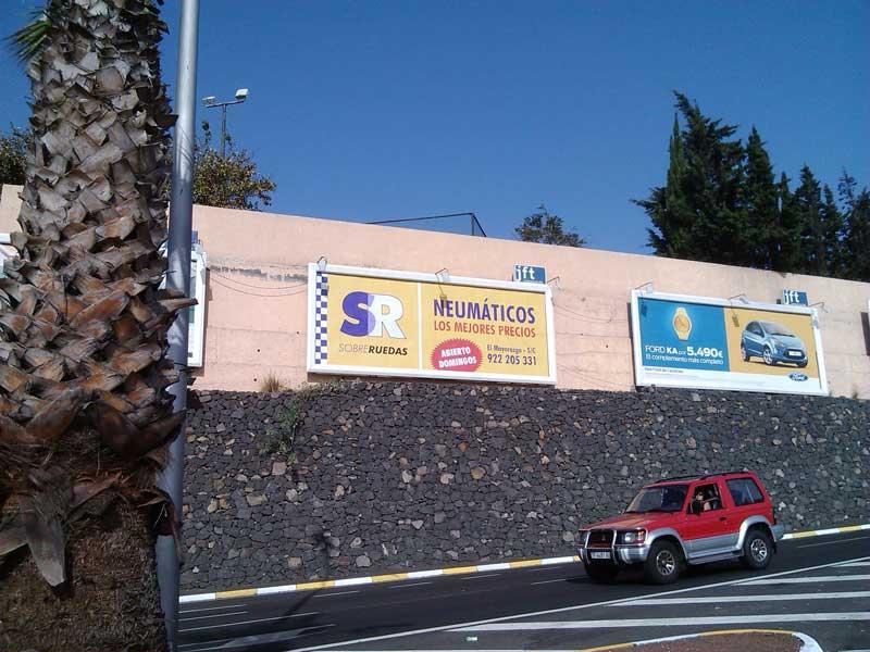 Valla de publicidad de campaña sobreruedas en Tenerife